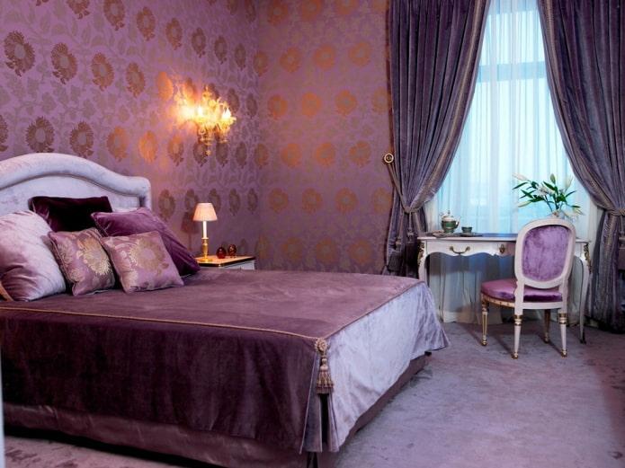 отделка сиреневой спальной комнаты