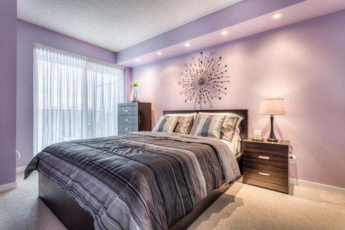 дизайн интерьера сиреневой спальни