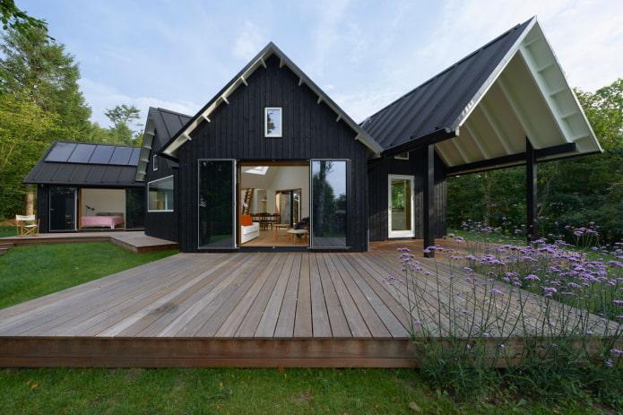 большой дом в скандинавской стилистике