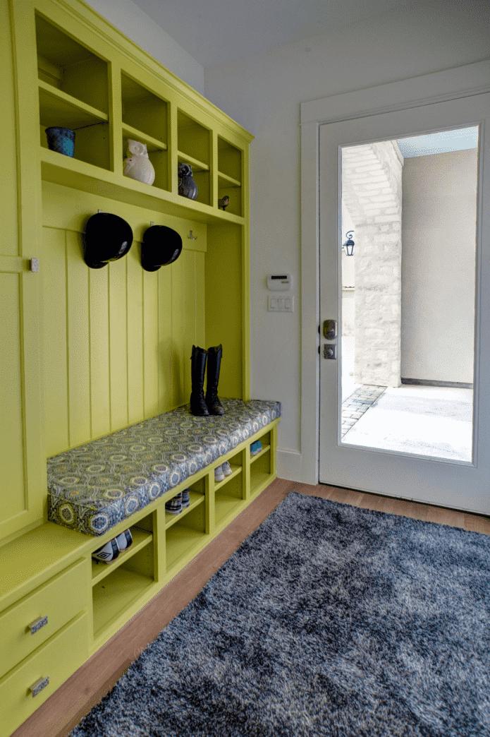 Дизайн прихожей в квартире узкий коридор