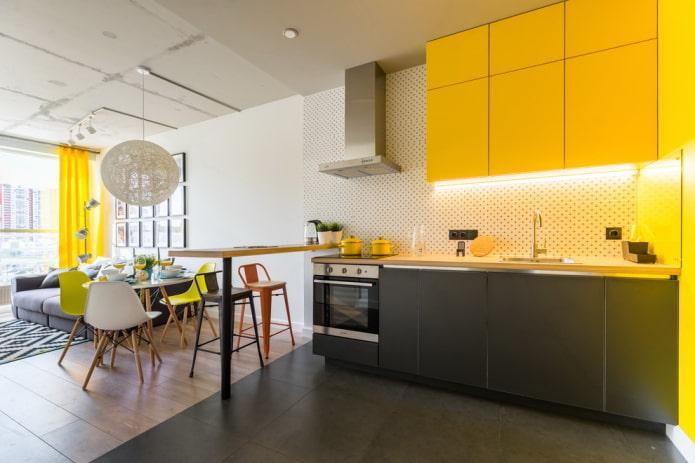 отделка пола в интерьере кухни-гостиной