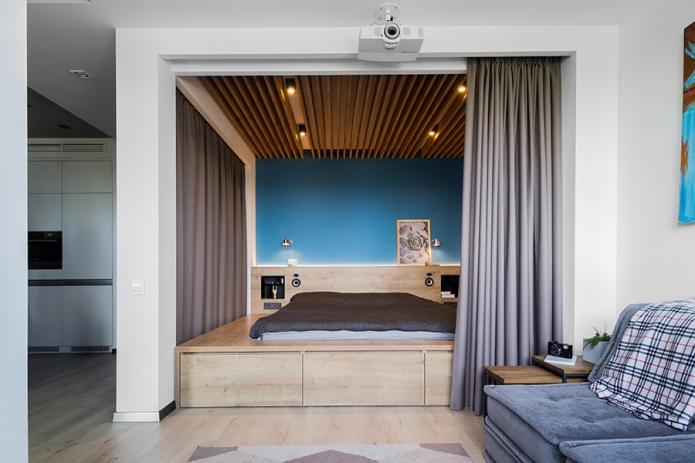 скрытое спальное место в гостиной
