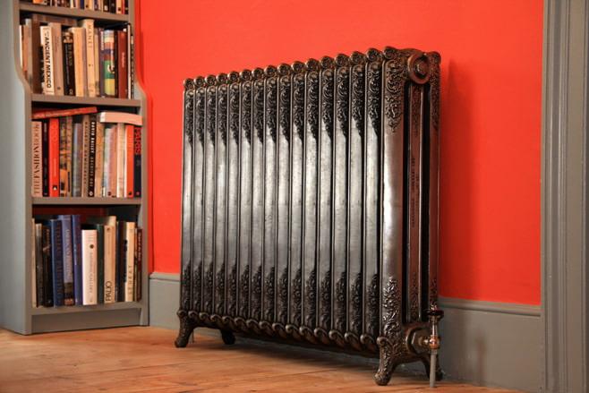 Декоративные экраны на радиаторы отопления позволят замаскировать батарею