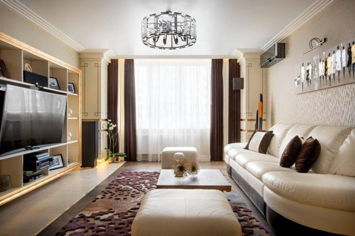 натяжной потолок с люстрой в гостиной