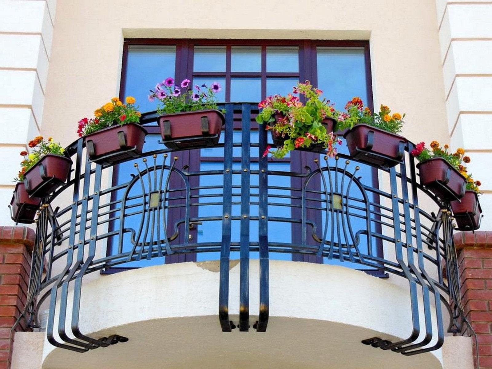 Картинки балкона для частного домашних вышло