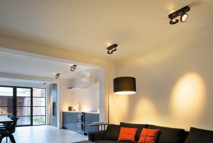 споты на кронштейне в дизайне помещения