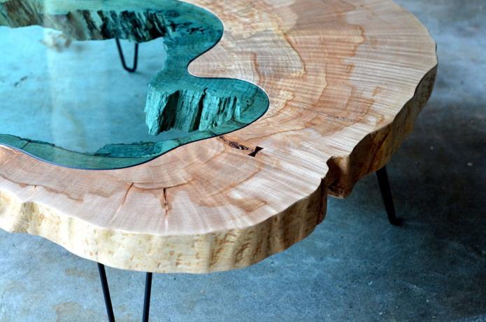 Необычный стол из эпоксидной смолы – тренд. Подробный МК с видео