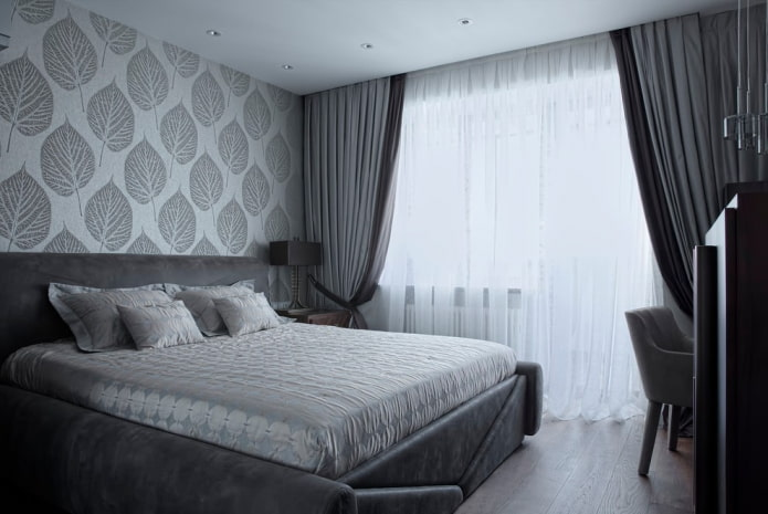 меблировка серой спальной комнаты