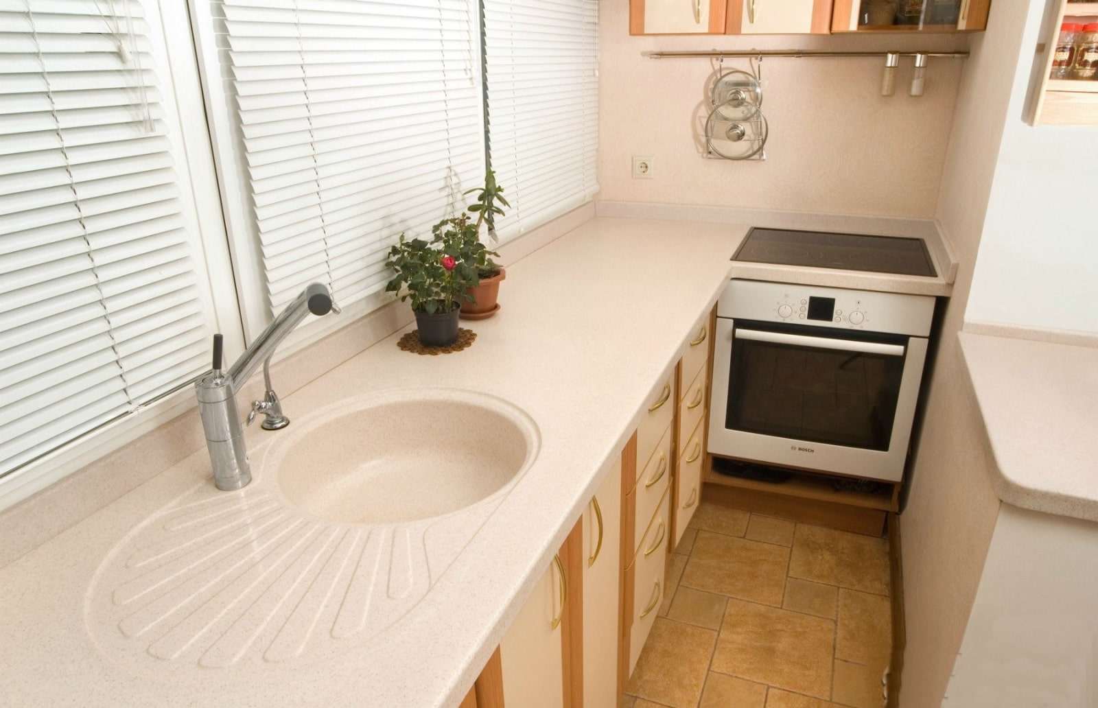 лохан кухня перенесенная на балкон фото трудно белокуром