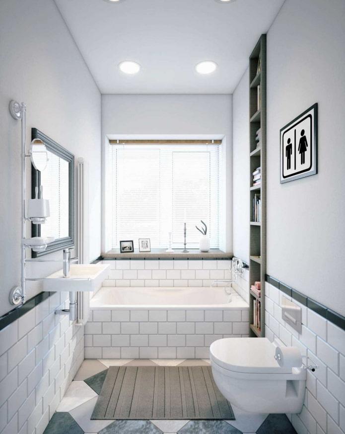 жалюзи на окне в ванной