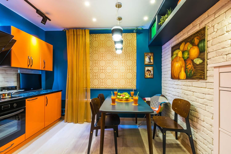 Сочетание цветов в интерьере кухни: правила, таблица и схемы комбинаций