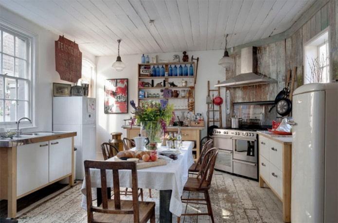 дача с холодильником и плитой