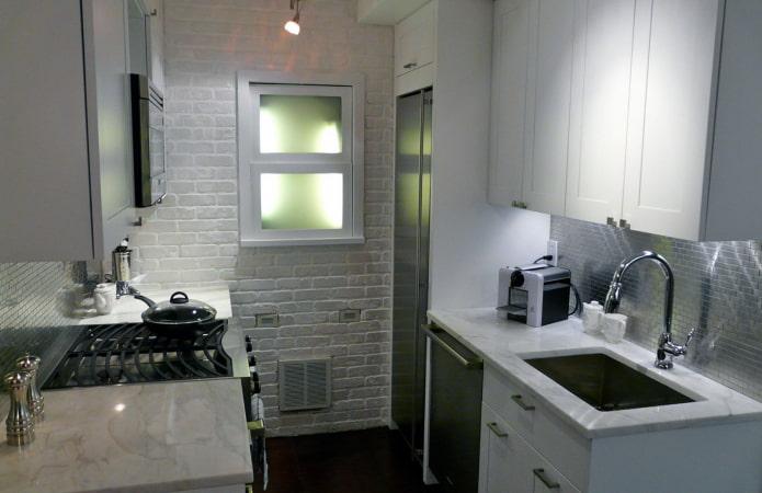 двухрядная кухня маленькая