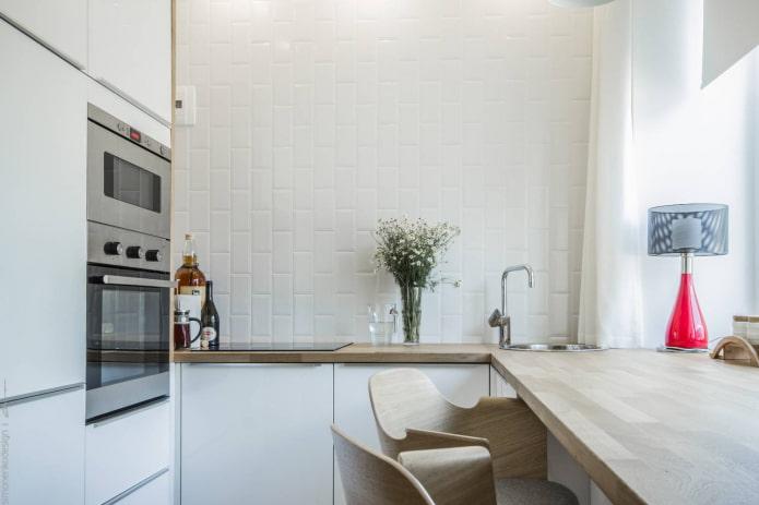 п-образная маленькая кухня