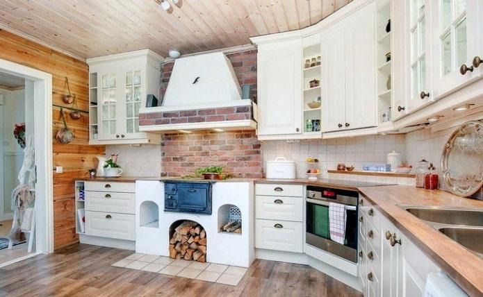 Кухня с печью