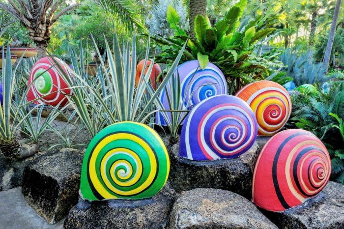 Примеры украшений для сада, которые можно сделать самостоятельно