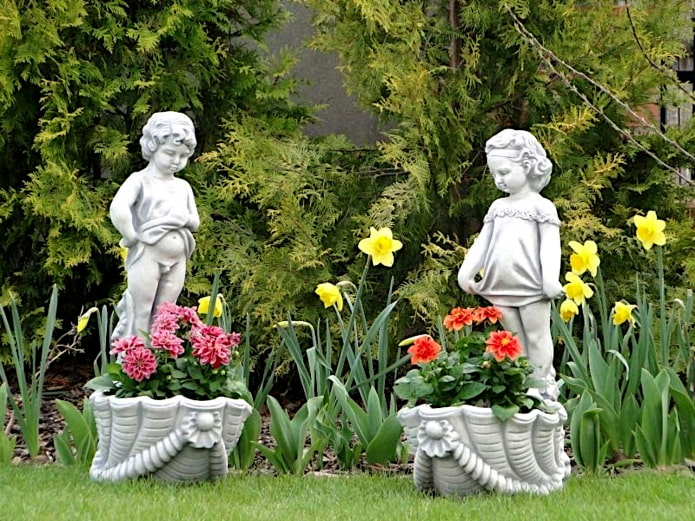 статуи для сада