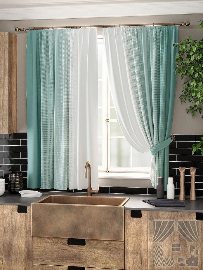 мятные кухонные шторы