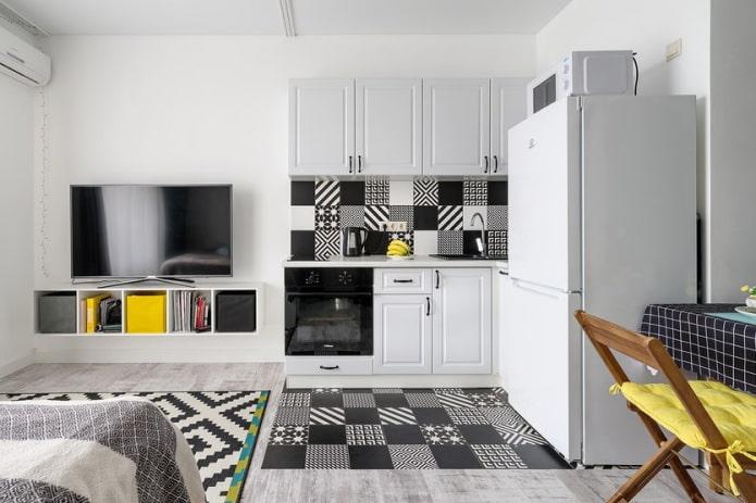 Кухня-гостиная с черно-белыми узорами