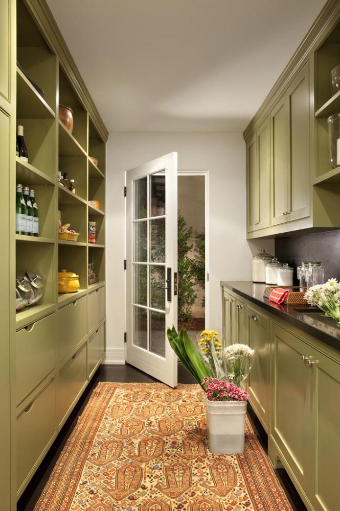 двухрядная цветная кухня