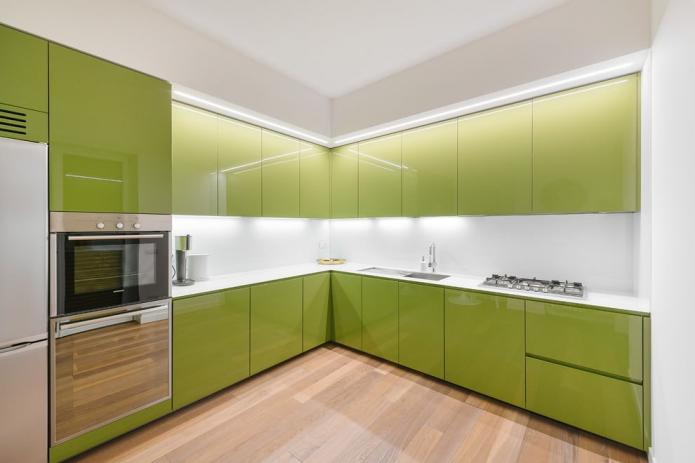глянцевая оливковая кухня