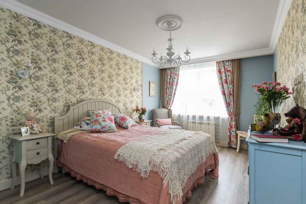 выборе обои в стиле прованс для спальни фото все нюансы