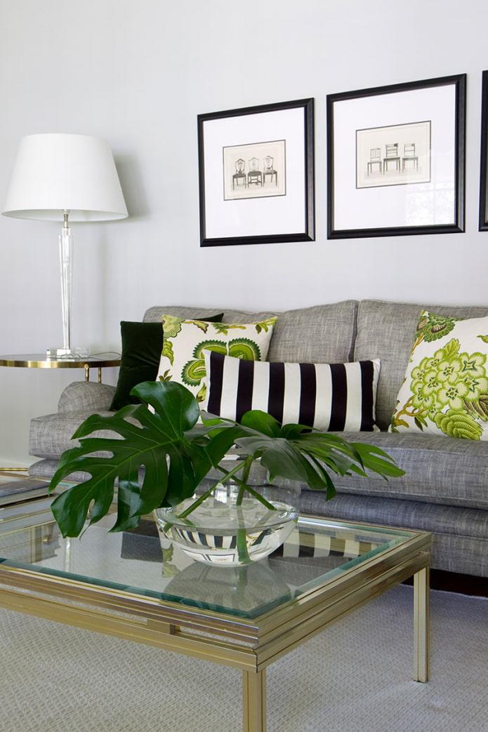 подушки на светлый диван