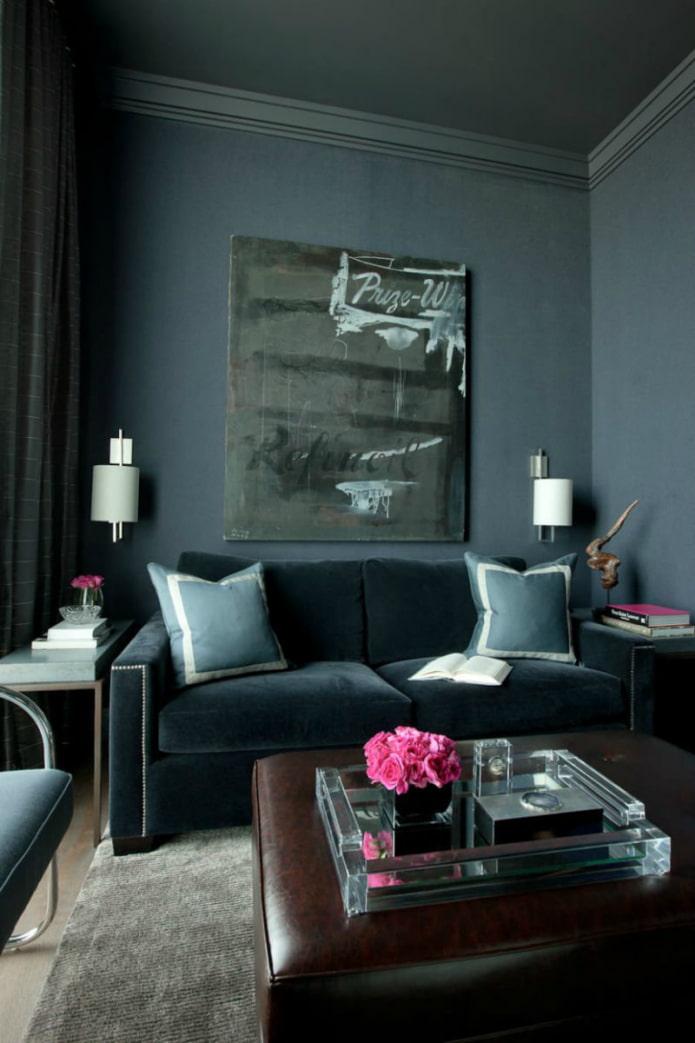 подушки на темный бархатный диван