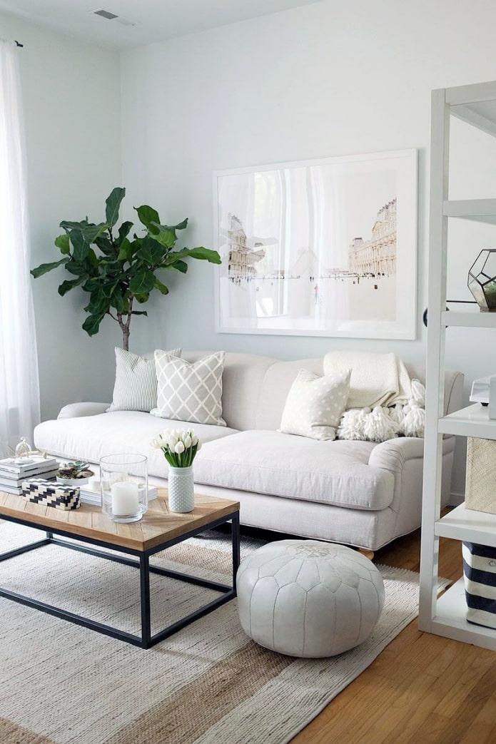 подушки в тон дивана