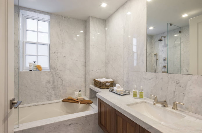 стены ванной под мрамор