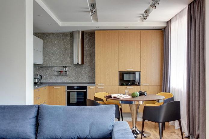 стена из пеналов на кухне