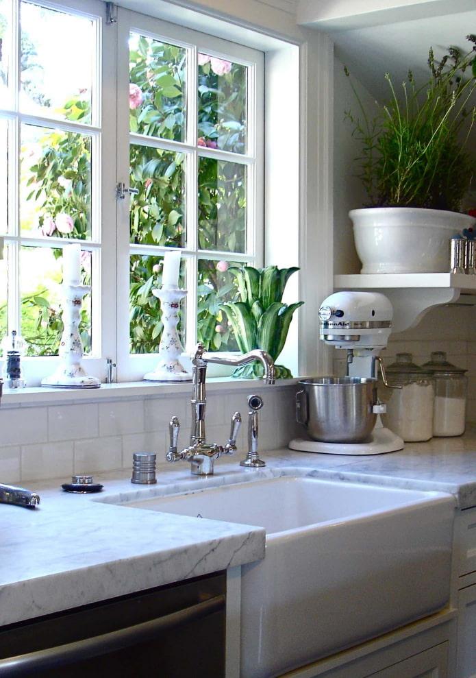 керамическая кухонная мойка