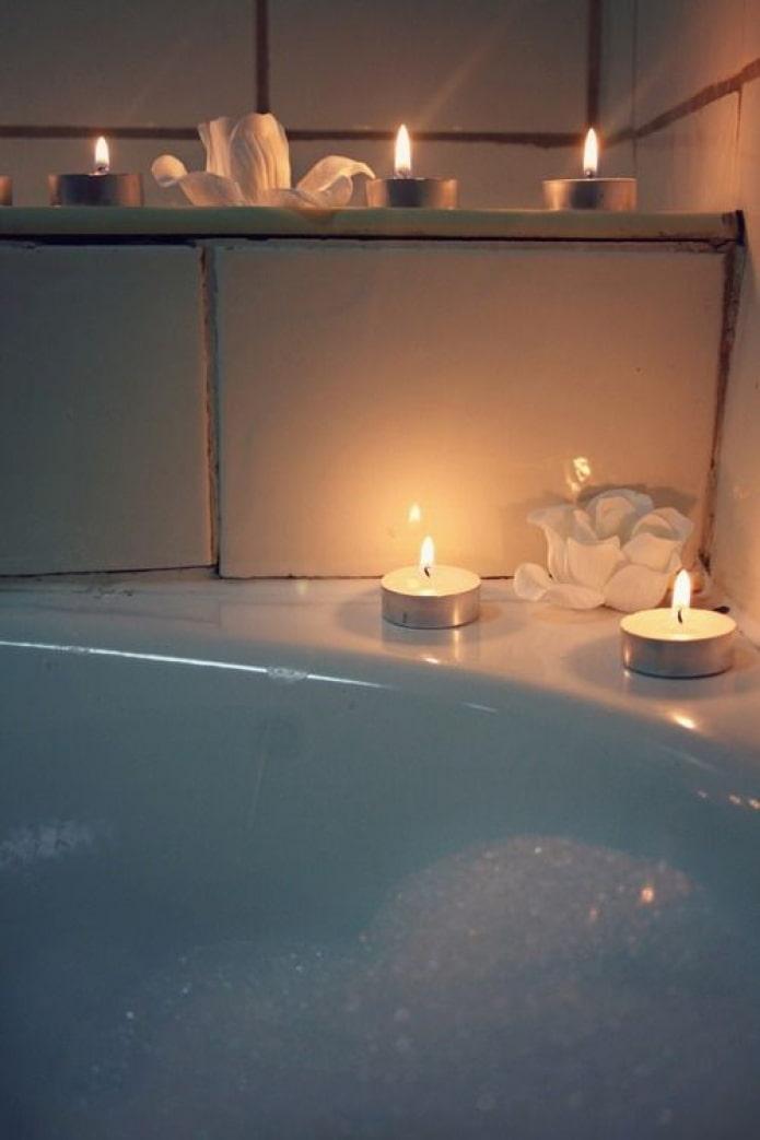 Как красиво украсить интерьер свечами? – 10 лучших способов