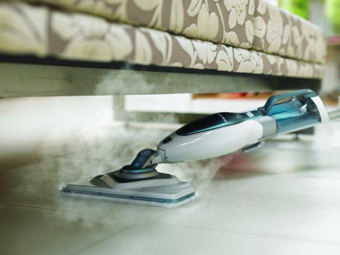 Что лучше моющий пылесос или паровая швабра? – 10 объективных фактов за и против