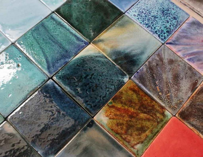 Глазурованная плитка в интерьере (29 фото) – что это, плюсы и минусы