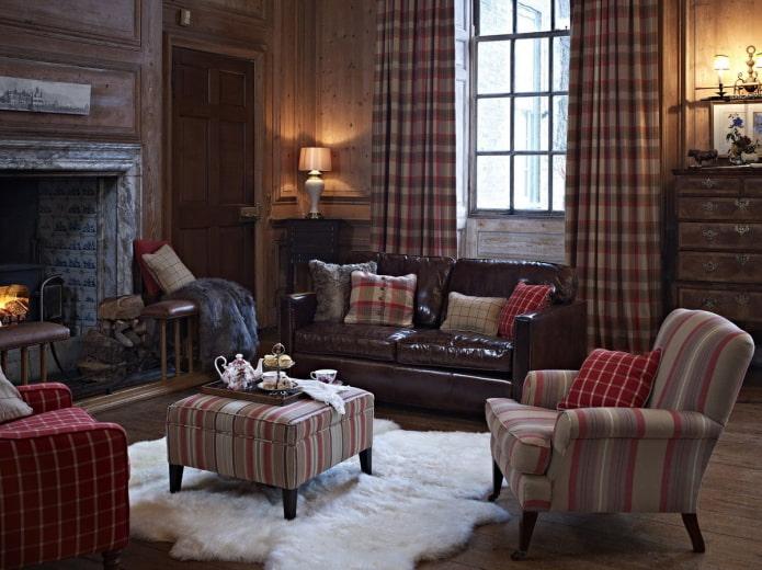 подушки для кожаного дивана