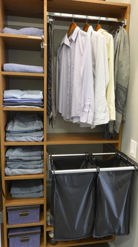 Куда поставить корзину для грязного белья? – 5 лучших мест