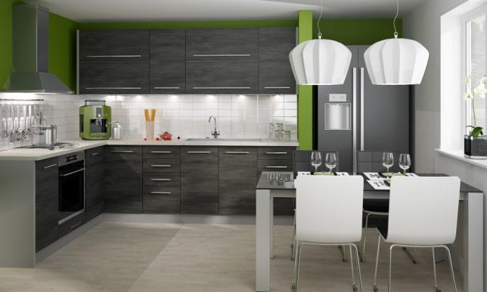 кухня в серо-бело-зеленых тонах