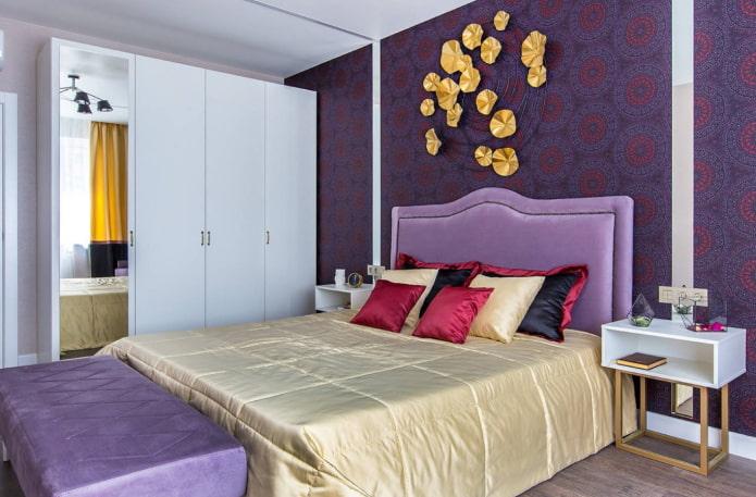 спальня в фиолетовой гамме