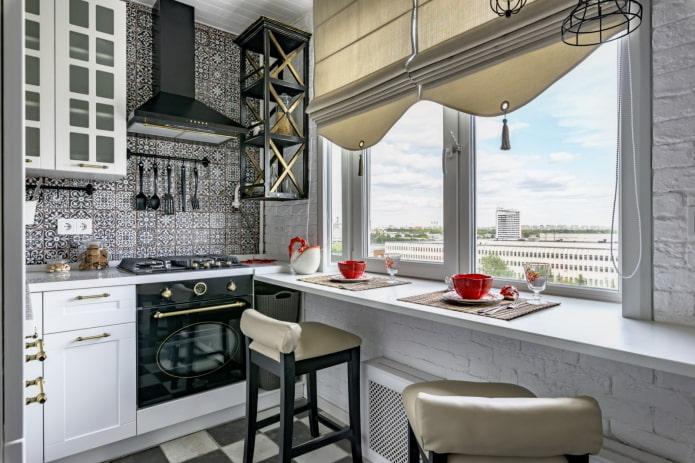 маленькая серо-белая кухня
