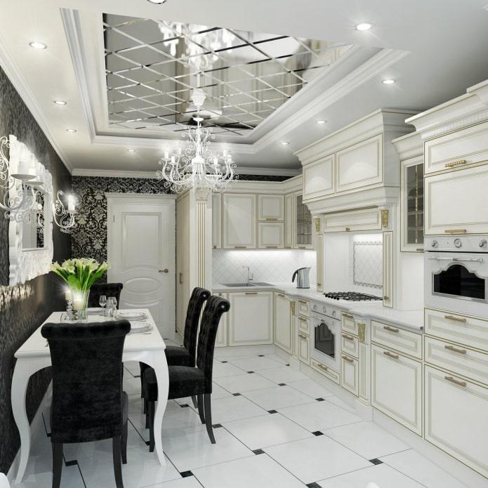 зеркальный потолок в кухне