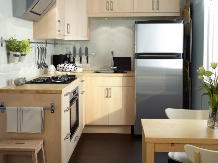 маленькая соломенная кухня