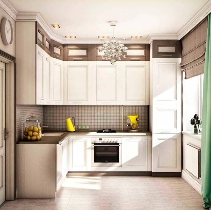 кухня в бело-коричневых тонах