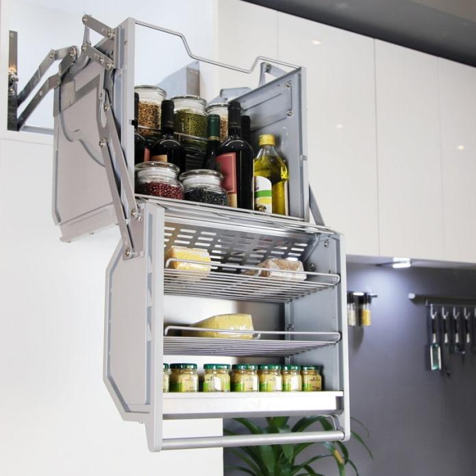 складная система хранения на кухне