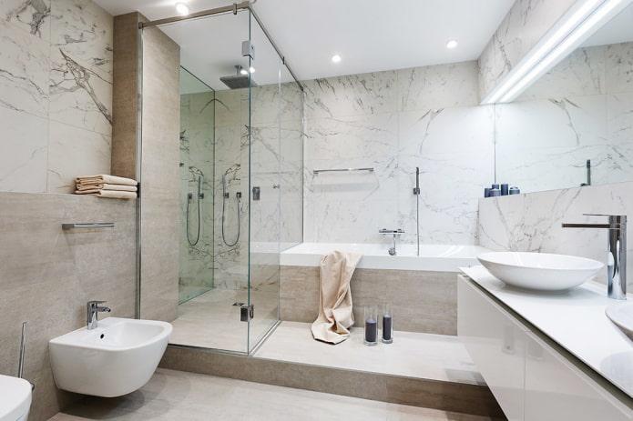 ванная на возвышении