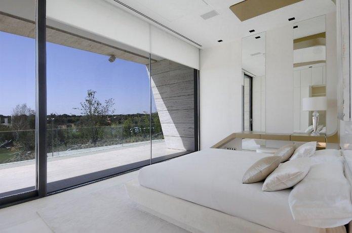 панорамные окна в пол без штор