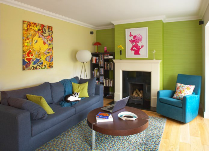 сочетание зеленых и желтых стен в гостиной