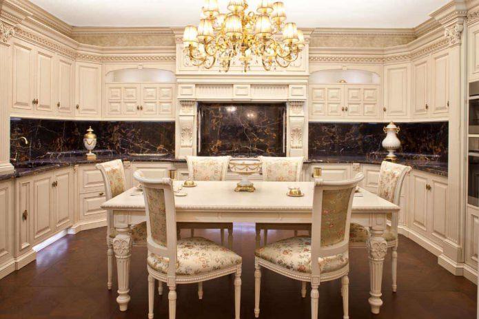 Интерьер кухни в классическом стиле: особенности, фото