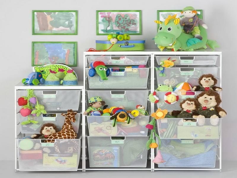 куда убирать детские игрушки в маленькой квартире