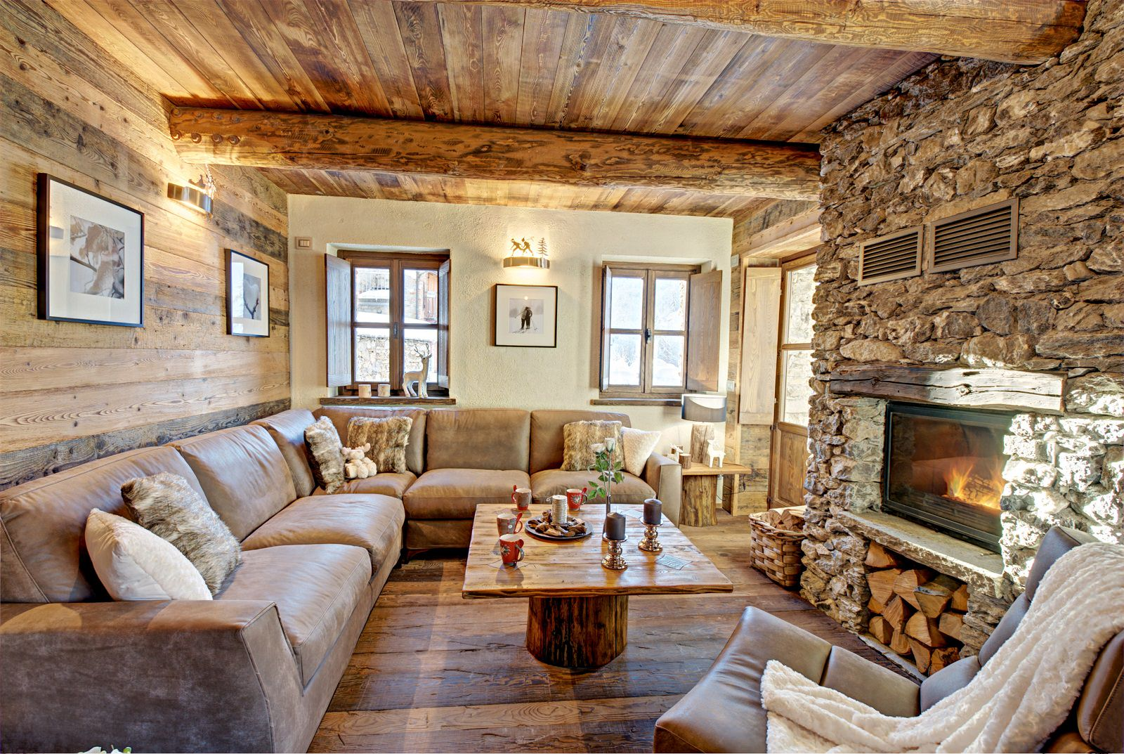 Интерьер дома в стиле шале в Турине
